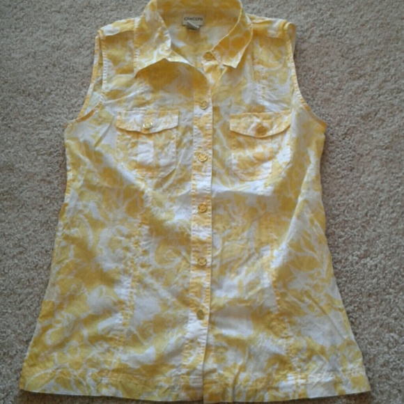 d4202eed012b9 Chico's Tops | Chicos Sleeveless Cotton Floral Print Button Down ...